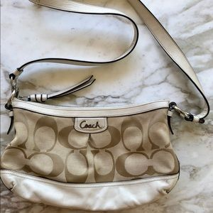 COACH: Crossbody White Leather and Beige Pattern